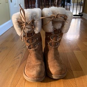Ugg lace up boots with fur